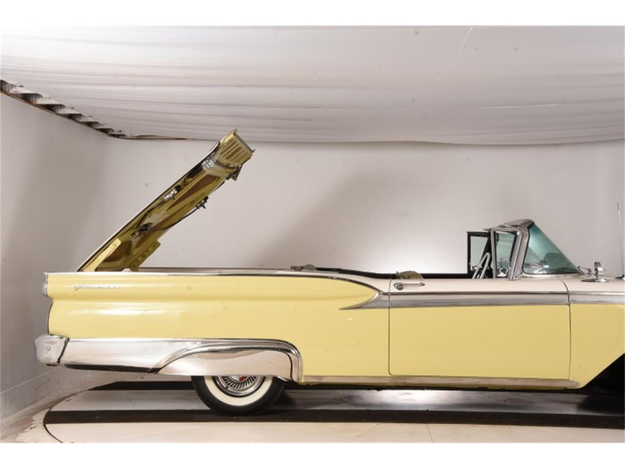 Large Picture of '59 Fairlane located in Illinois - OTK2