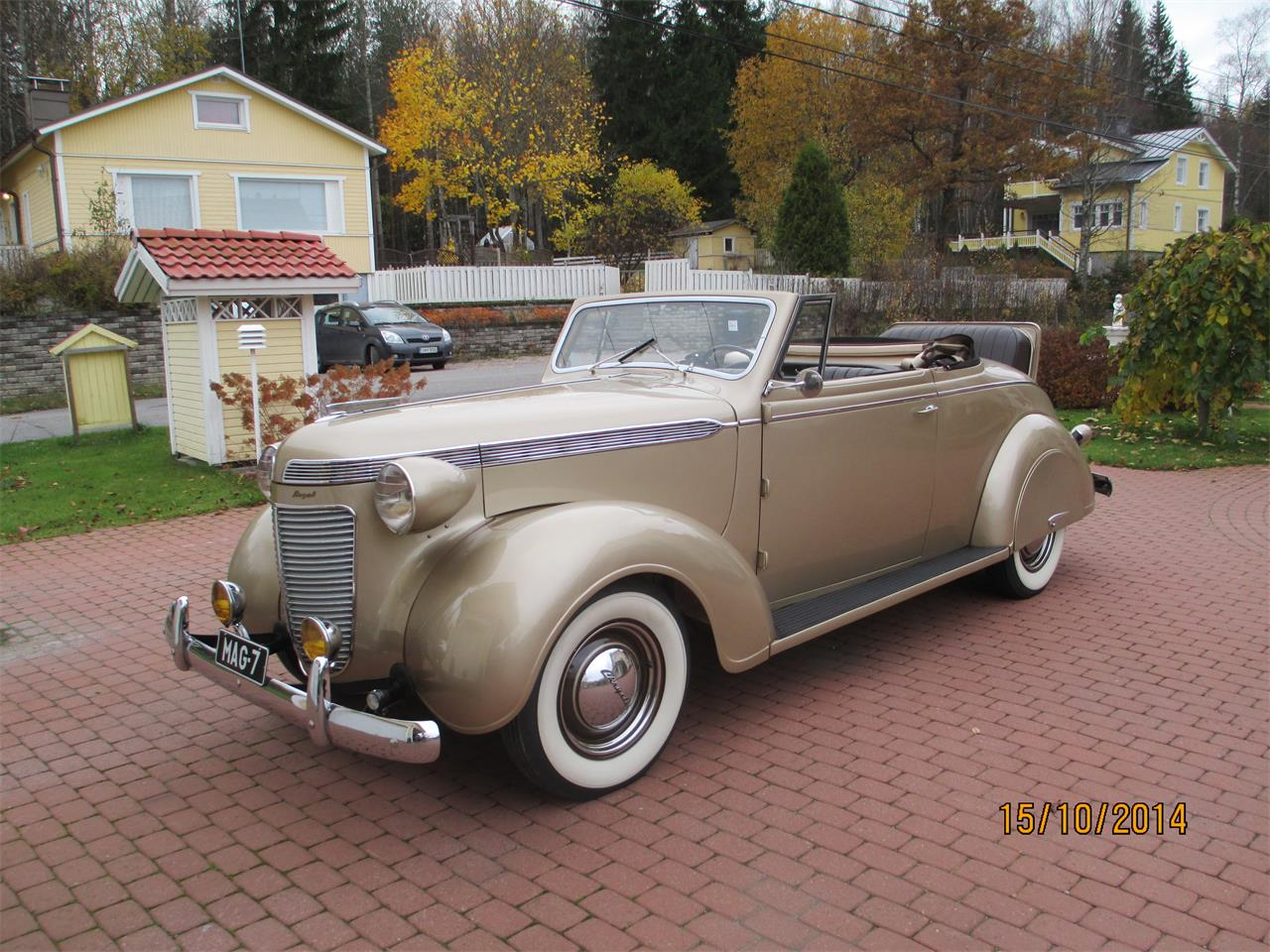Large Picture of Classic 1937 Royal located in Helsinki Vantaa - OTNV