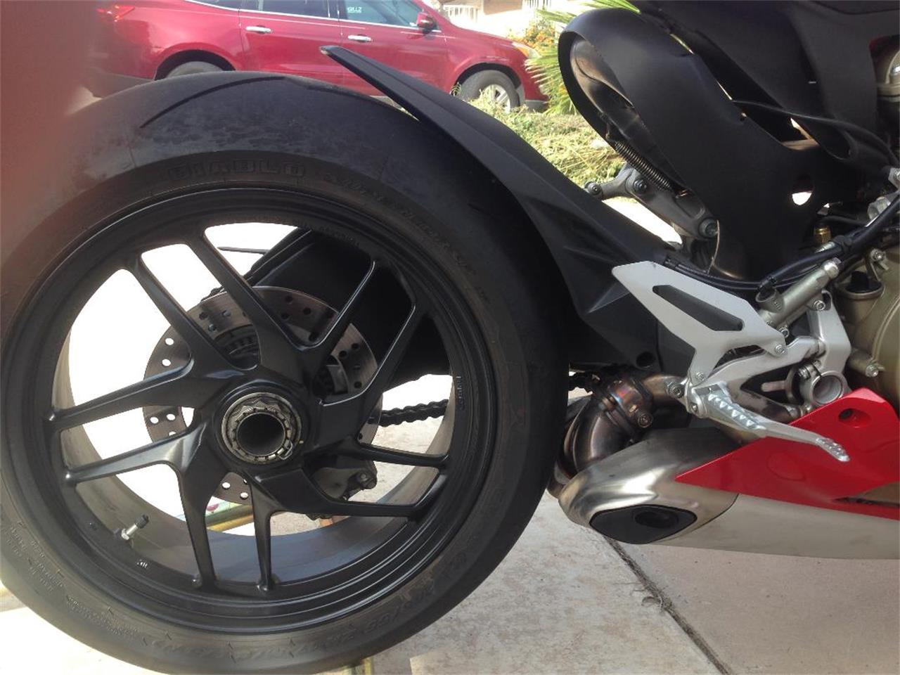 Large Picture of '12 Panigale - OTO1