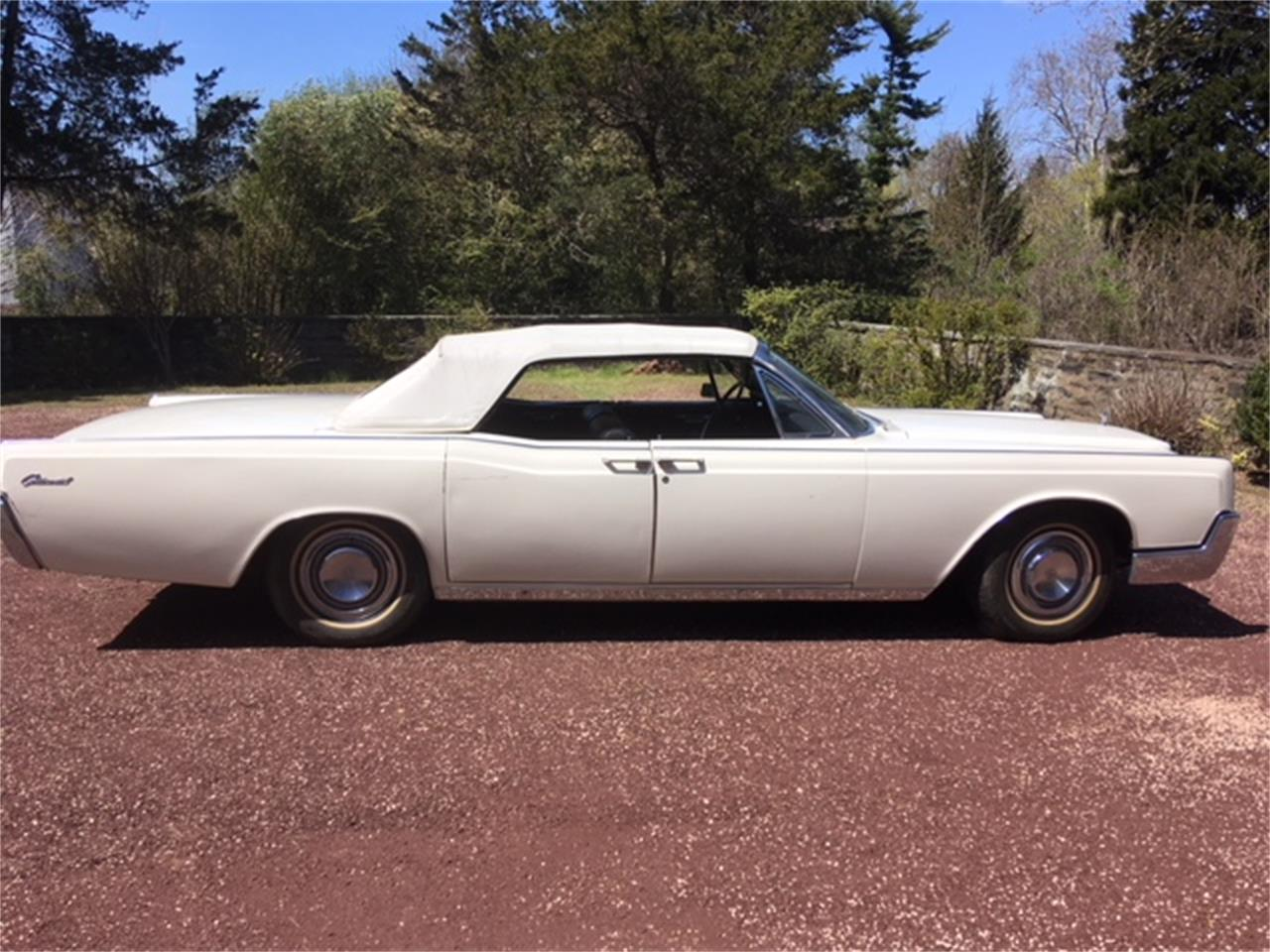 Large Picture of Classic 1967 Lincoln Continental located in Philadelphia Pennsylvania - $29,500.00 - OTOG