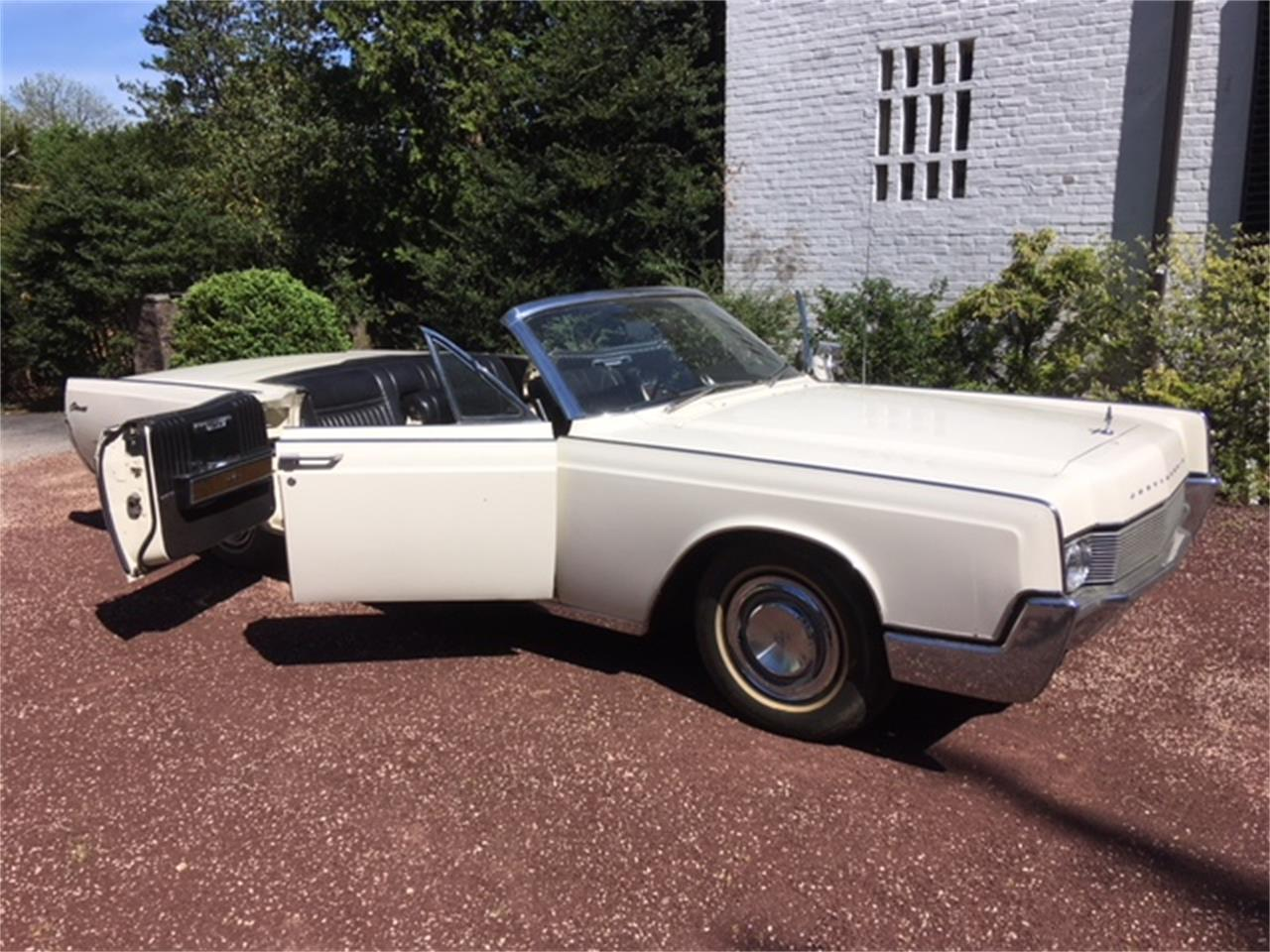 Large Picture of '67 Lincoln Continental located in Philadelphia Pennsylvania - $29,500.00 - OTOG
