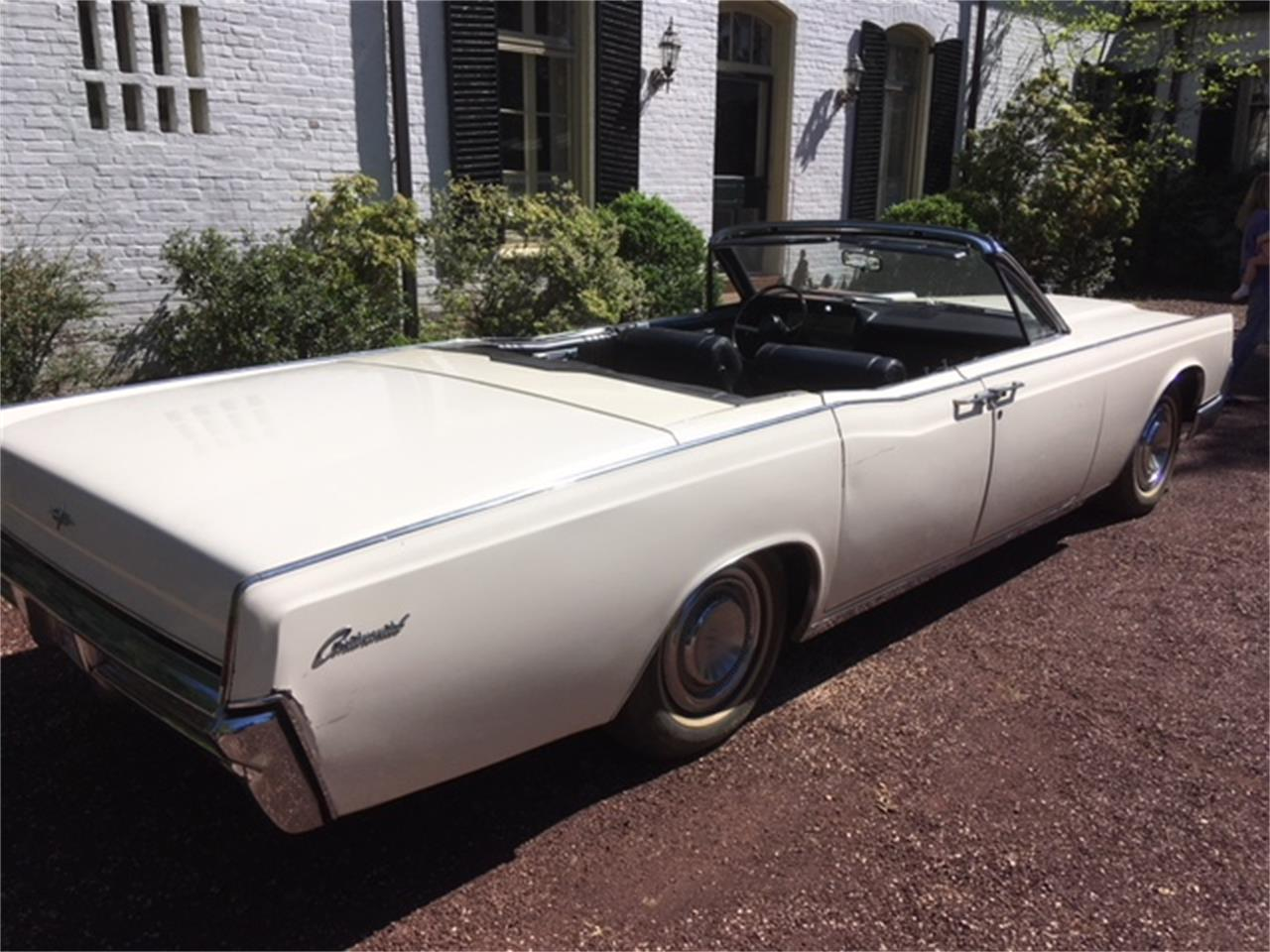 Large Picture of '67 Continental located in Philadelphia Pennsylvania - $29,500.00 - OTOG