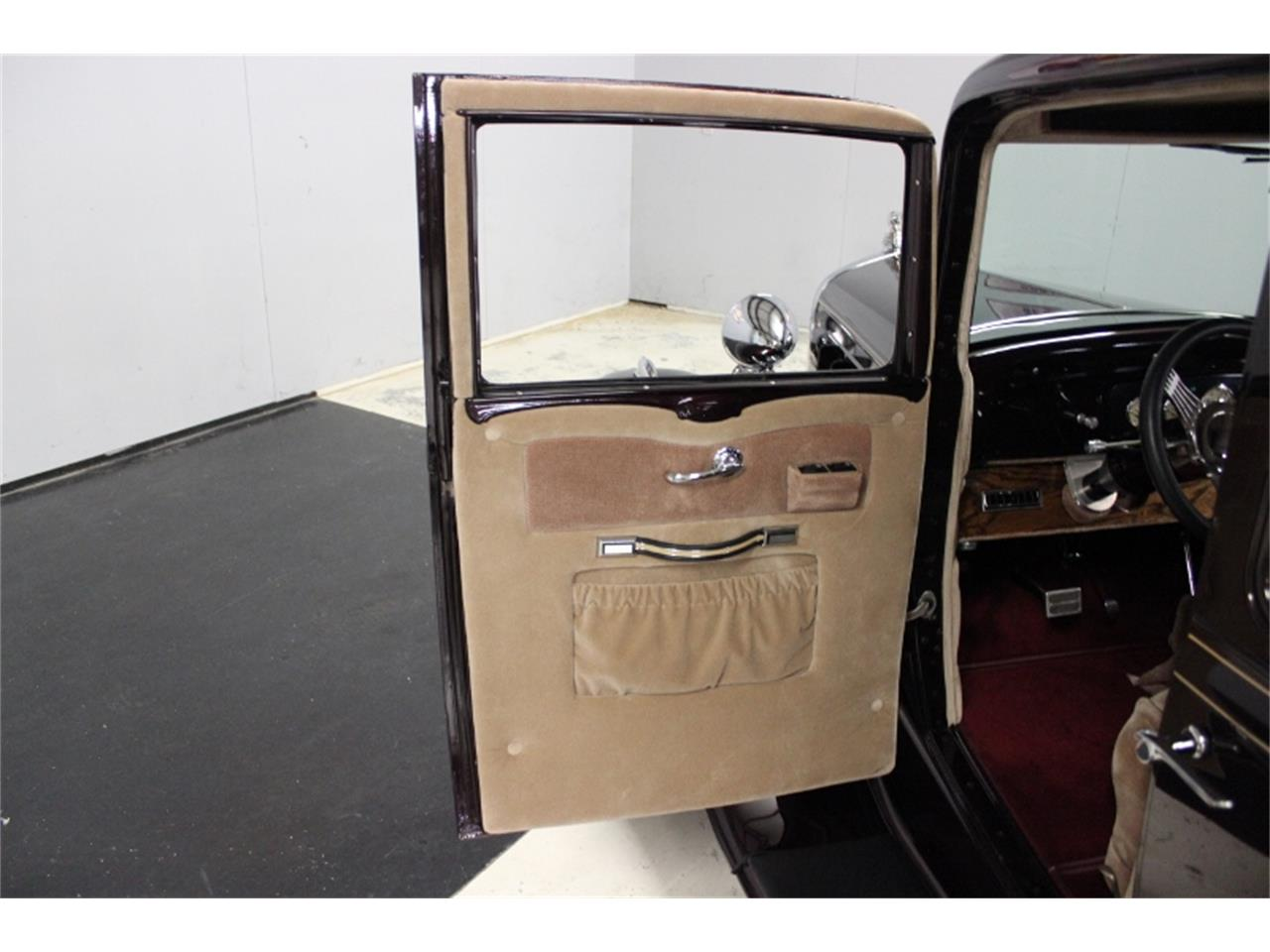 Large Picture of Classic 1932 Sedan located in Lillington North Carolina Offered by East Coast Classic Cars - OTPB