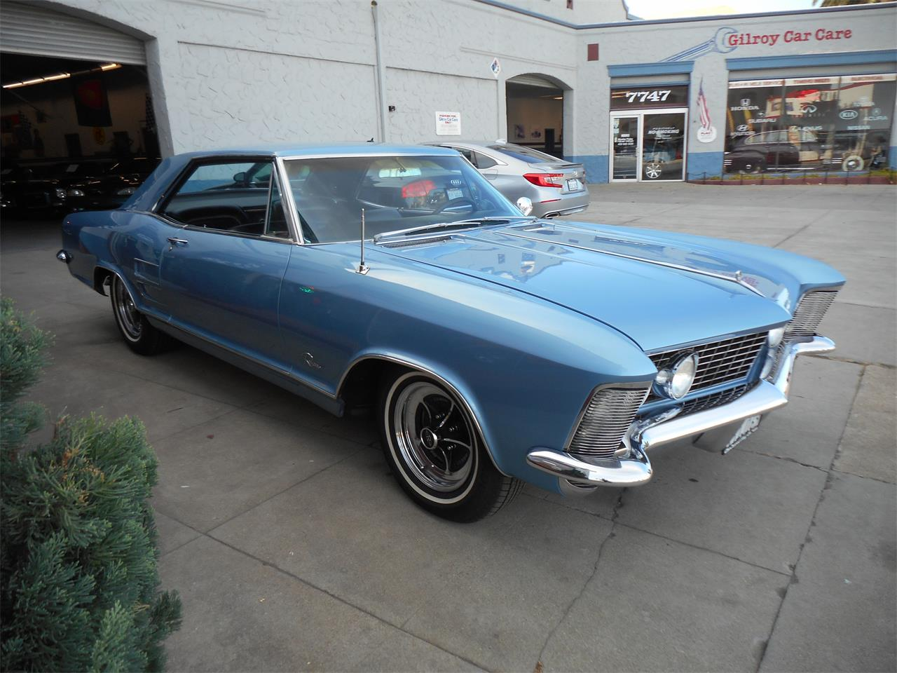 Large Picture of Classic 1964 Riviera - $37,777.00 - OTPX