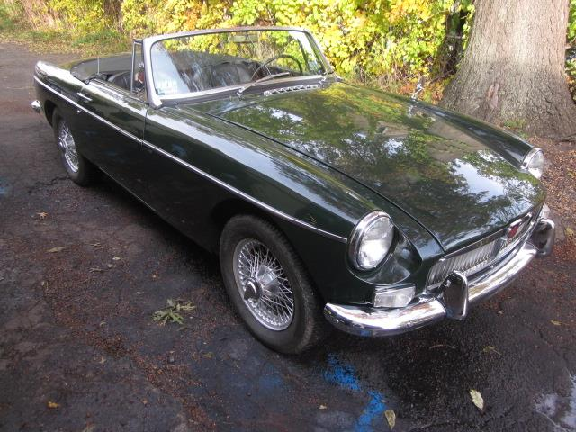 Picture of Classic 1966 MGB located in Connecticut Offered by  - OTQ6