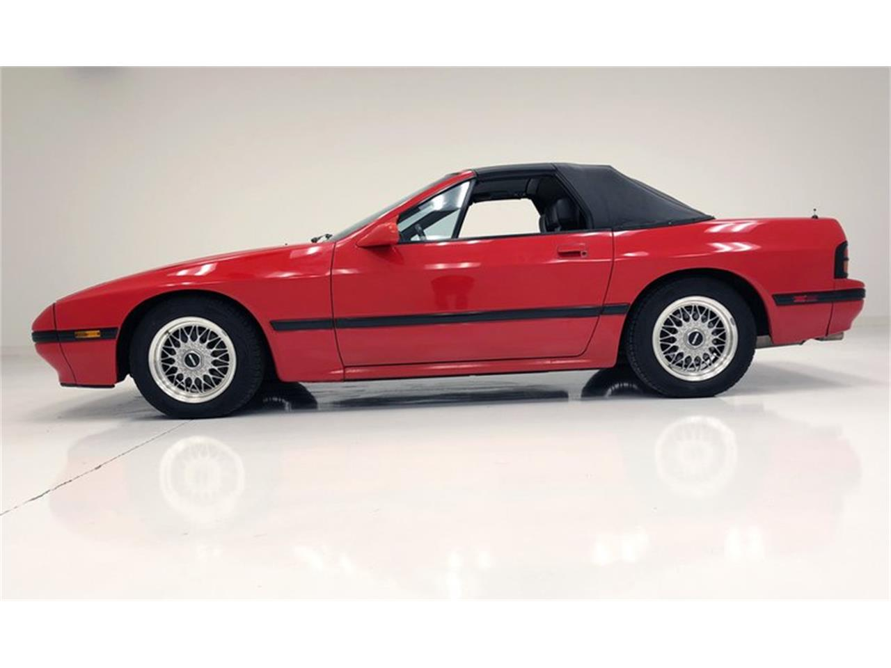 Large Picture of '88 RX-7 located in Morgantown Pennsylvania - OTRD