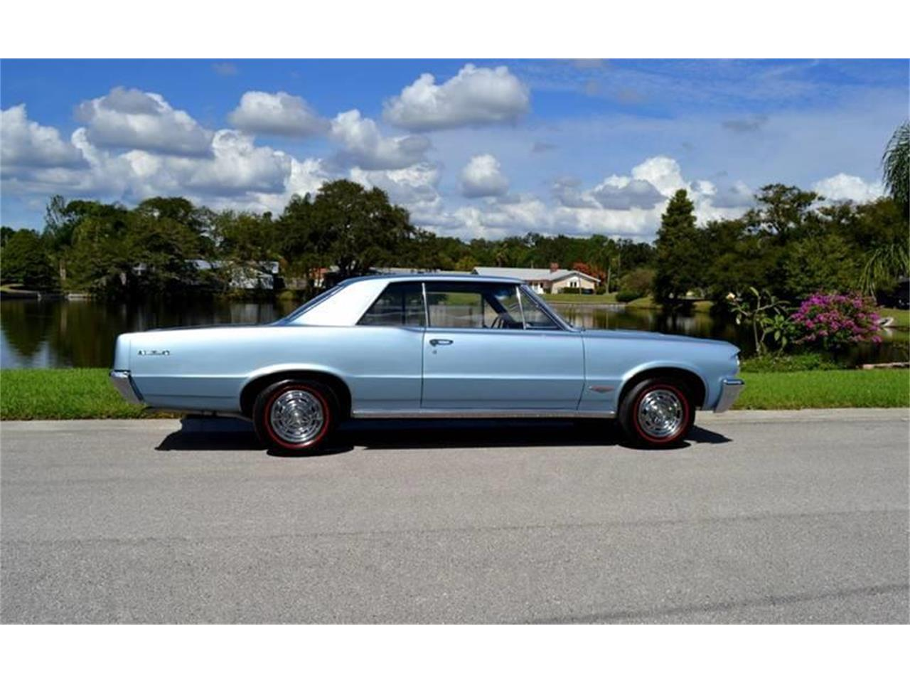 Large Picture of 1964 Pontiac GTO - OTUJ