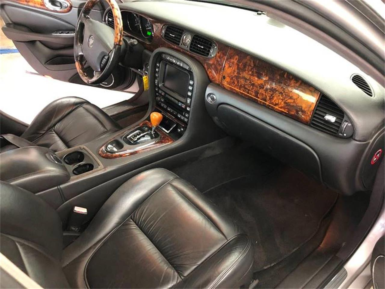 Large Picture of '04 XJ - $4,950.00 - ONZW