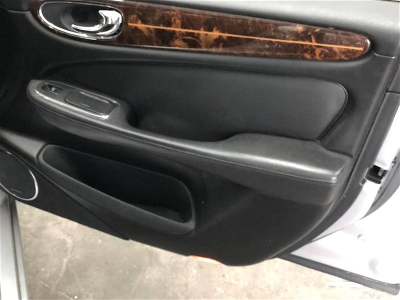 Large Picture of 2004 Jaguar XJ - $4,950.00 - ONZW