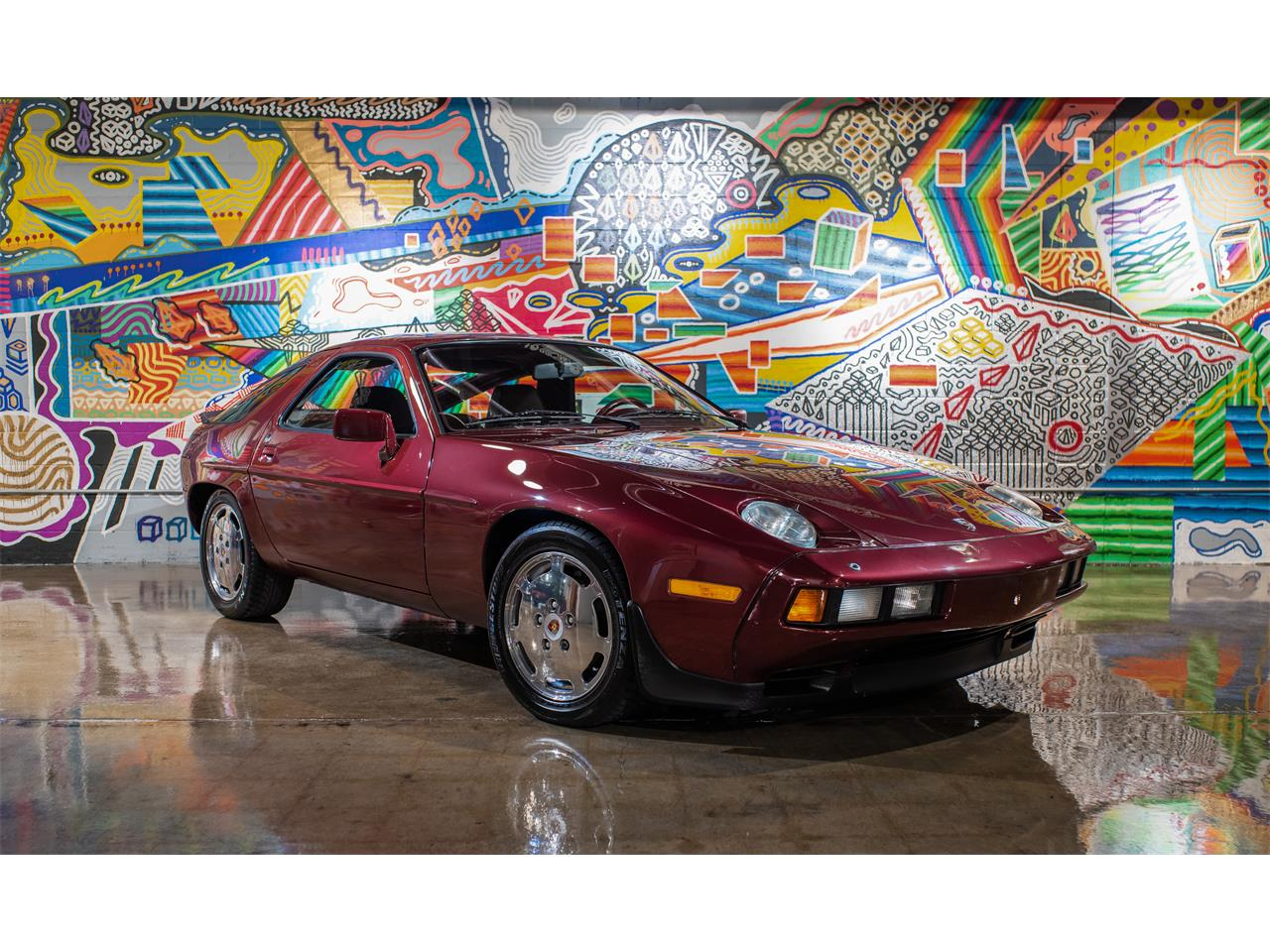 Large Picture of '83 Porsche 928S located in Michigan - OU14