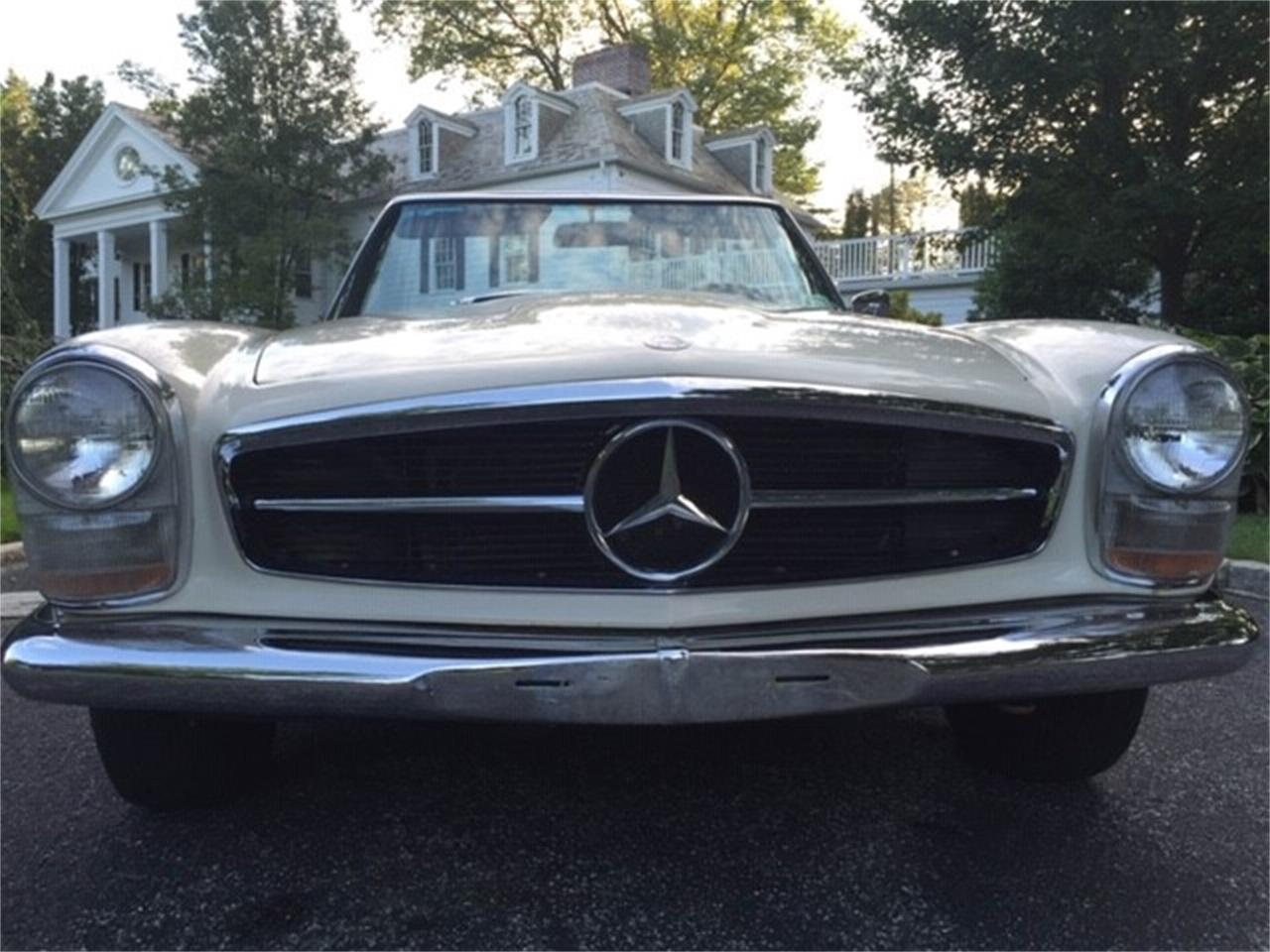 Large Picture of 1966 Mercedes-Benz 230SL located in Sag Harbor New York - $55,000.00 Offered by a Private Seller - OUD1