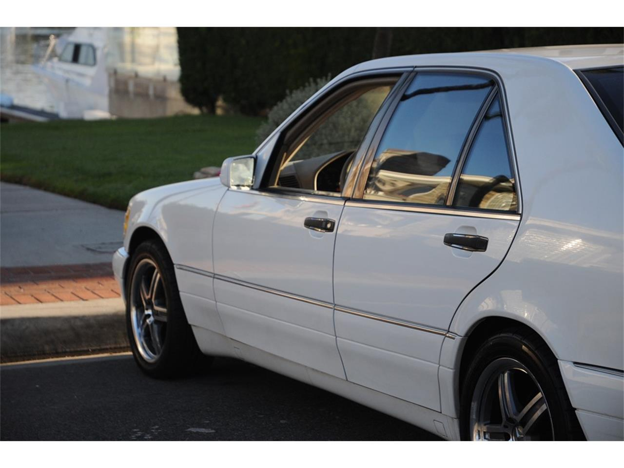Large Picture of 1999 Mercedes-Benz S320 - OUD9