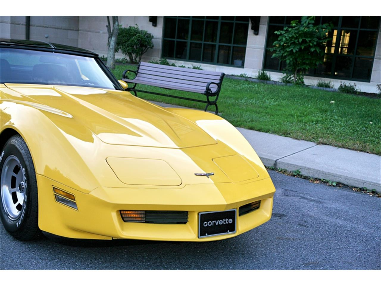 Large Picture of '81 Corvette - OUDF