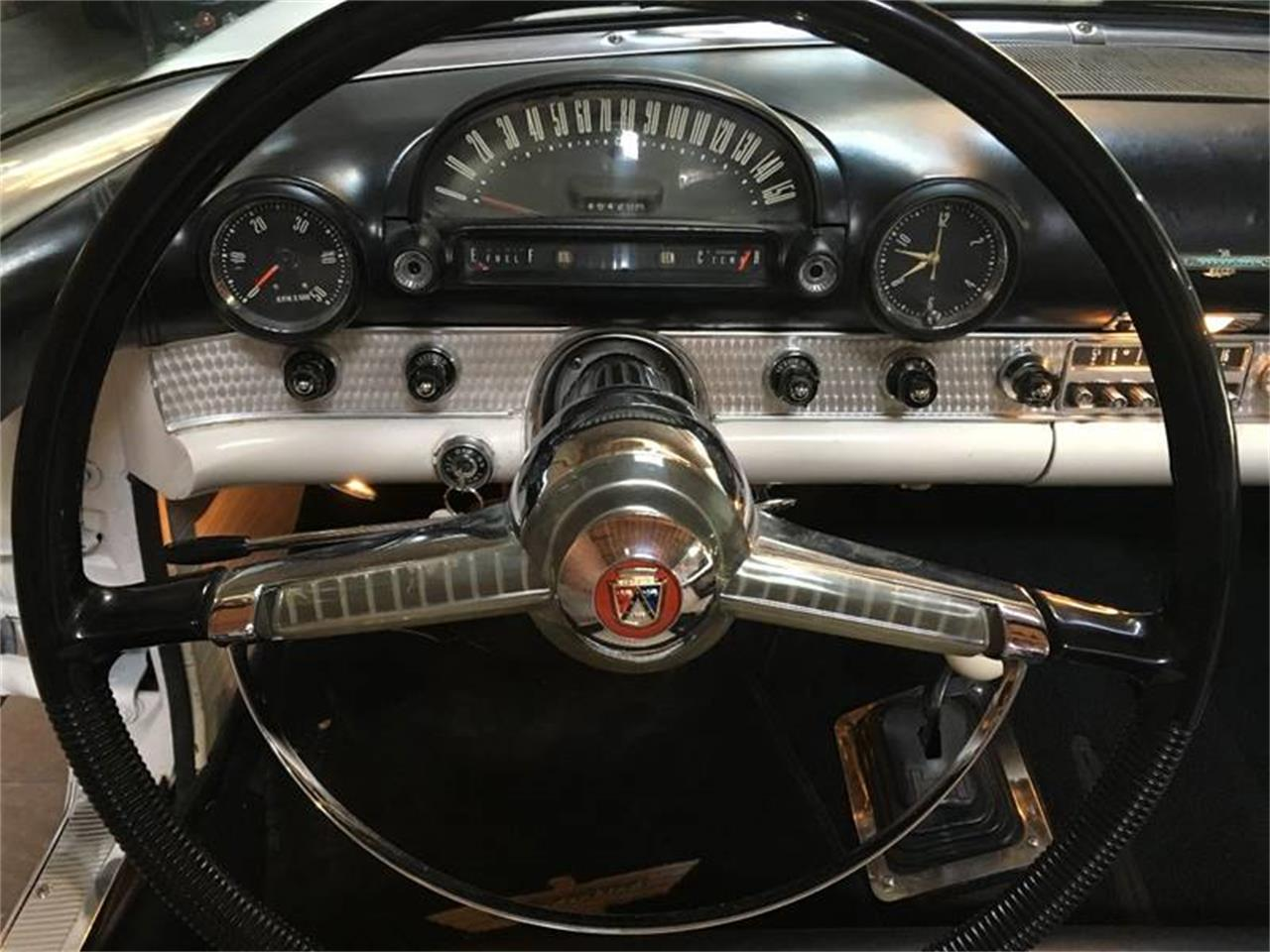 Large Picture of Classic 1955 Thunderbird located in California - OUKU