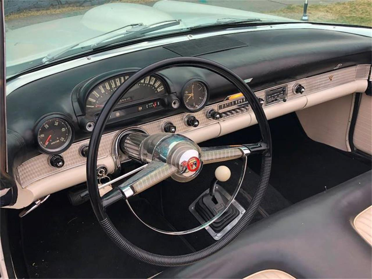 Large Picture of Classic 1955 Ford Thunderbird located in Los Angeles California - OUKU