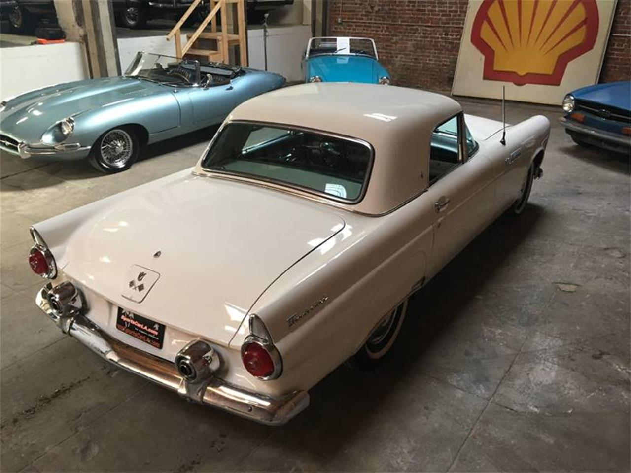 Large Picture of Classic '55 Ford Thunderbird - OUKU