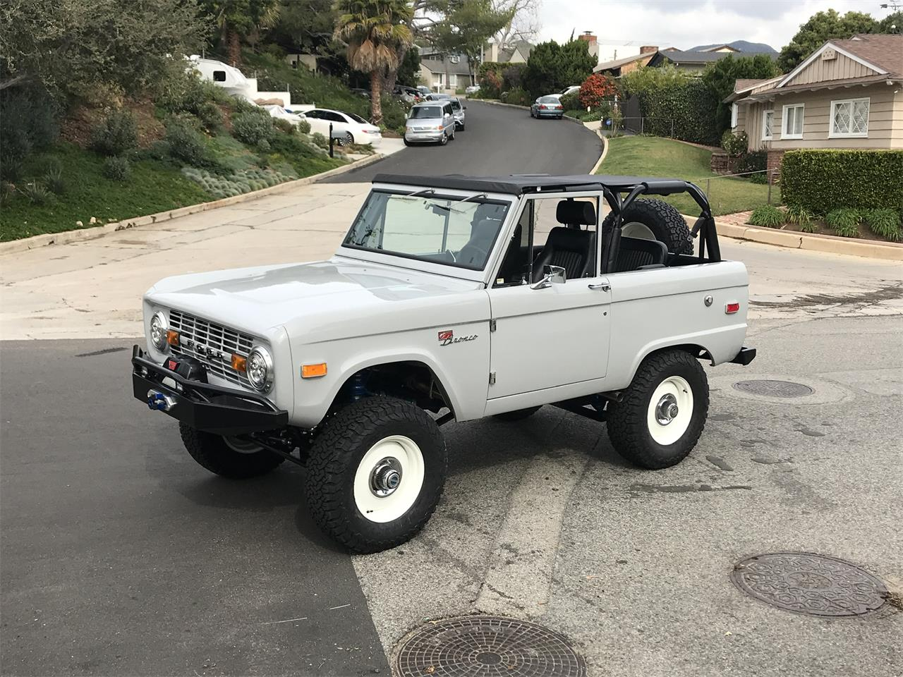 Large Picture of '73 Bronco - OUMX