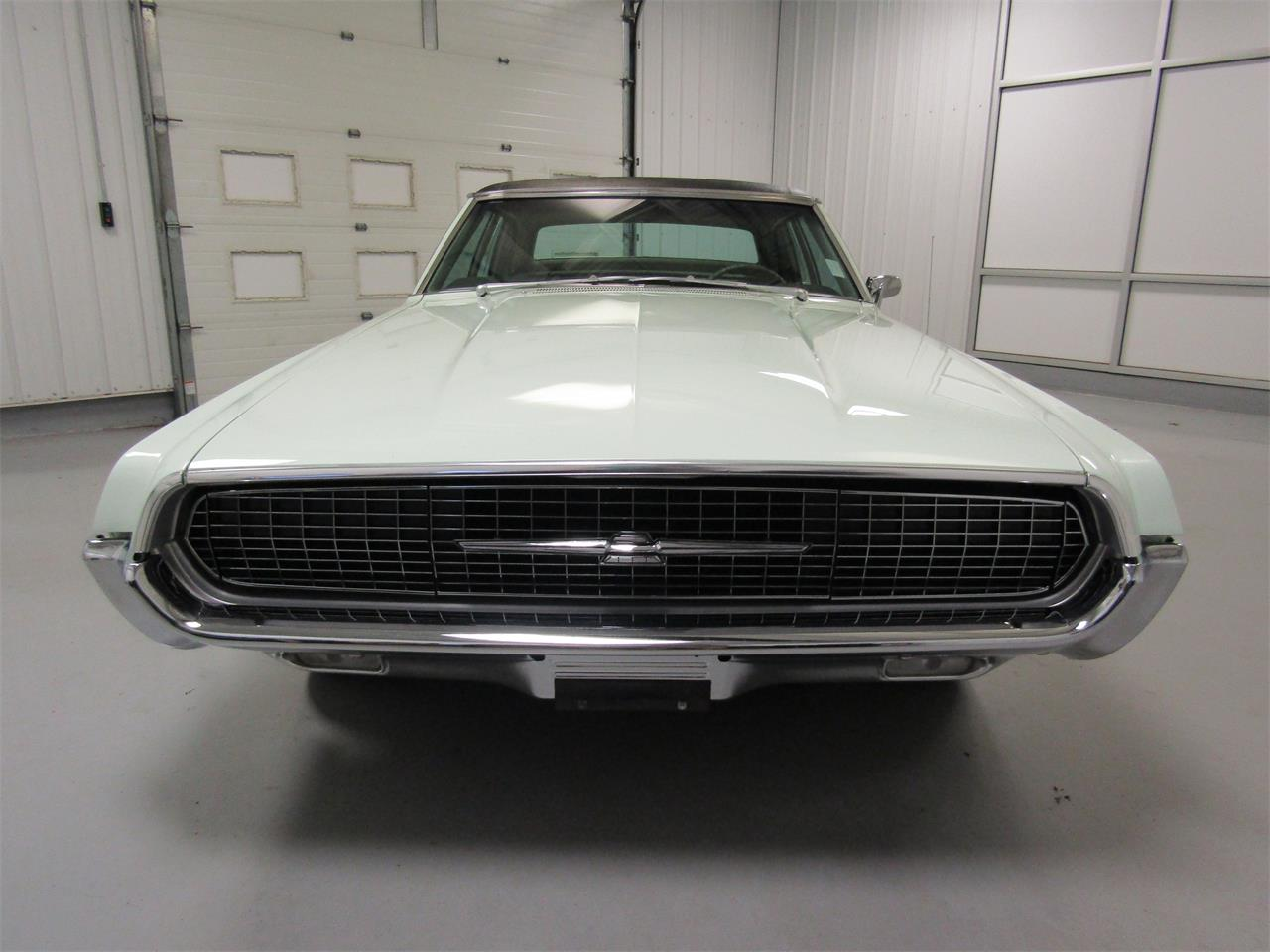 Large Picture of '67 Thunderbird - OUO0