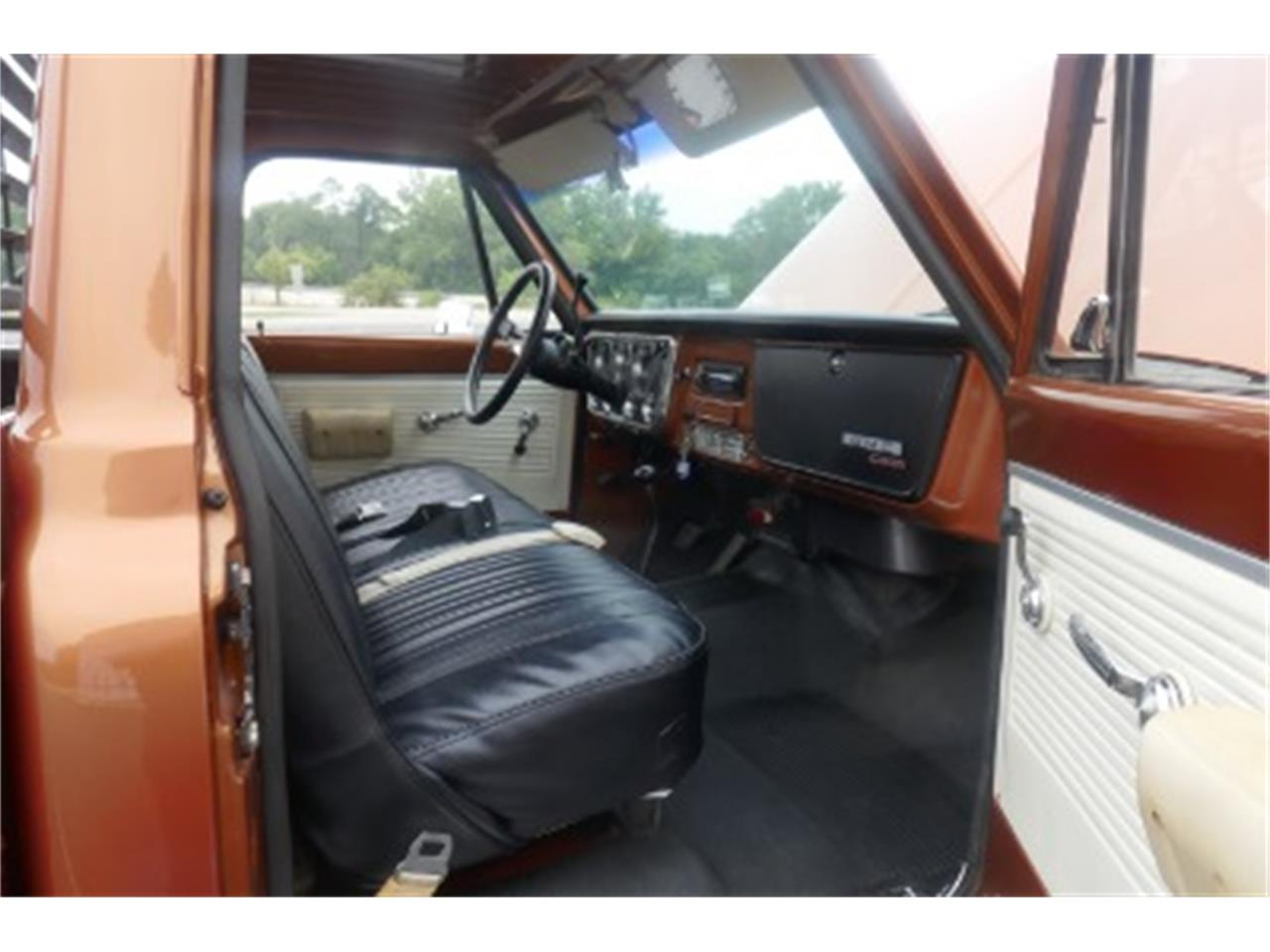 Large Picture of Classic '71 GMC Pickup - $24,995.00 Offered by North Shore Classics - OUPL
