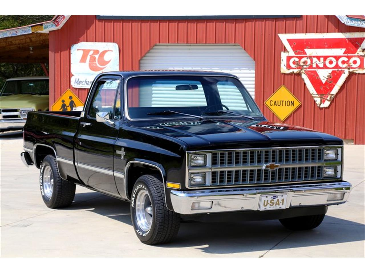 Large Picture of 1981 C10 - OO35
