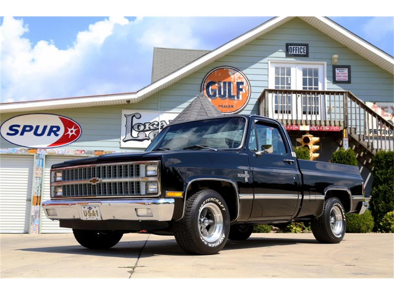 Large Picture of 1981 Chevrolet C10 located in Tennessee Offered by Smoky Mountain Traders - OO35
