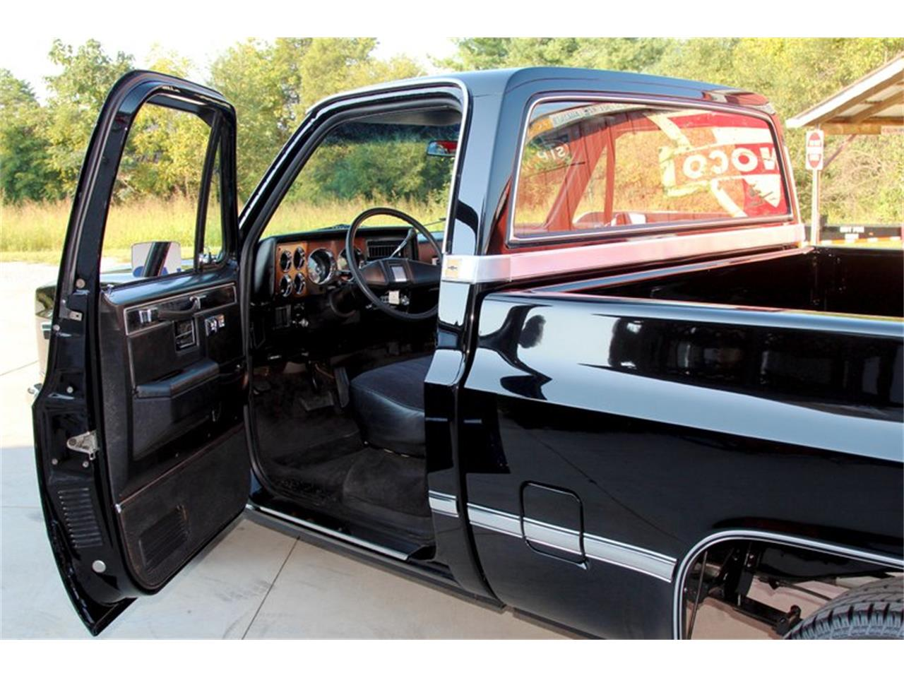 Large Picture of '81 Chevrolet C10 located in Lenoir City Tennessee - $27,995.00 - OO35