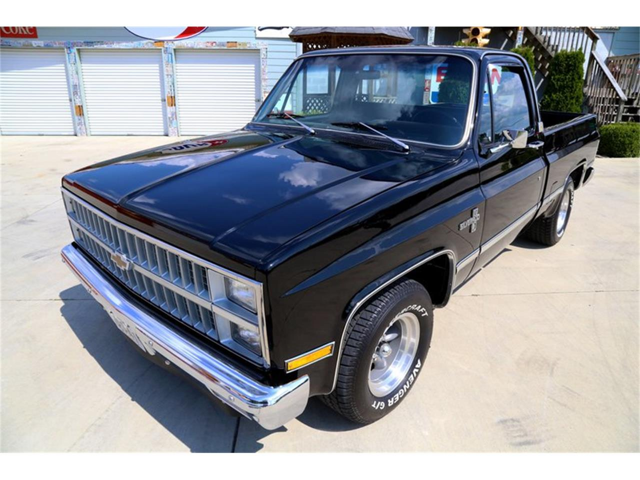 Large Picture of '81 C10 Offered by Smoky Mountain Traders - OO35