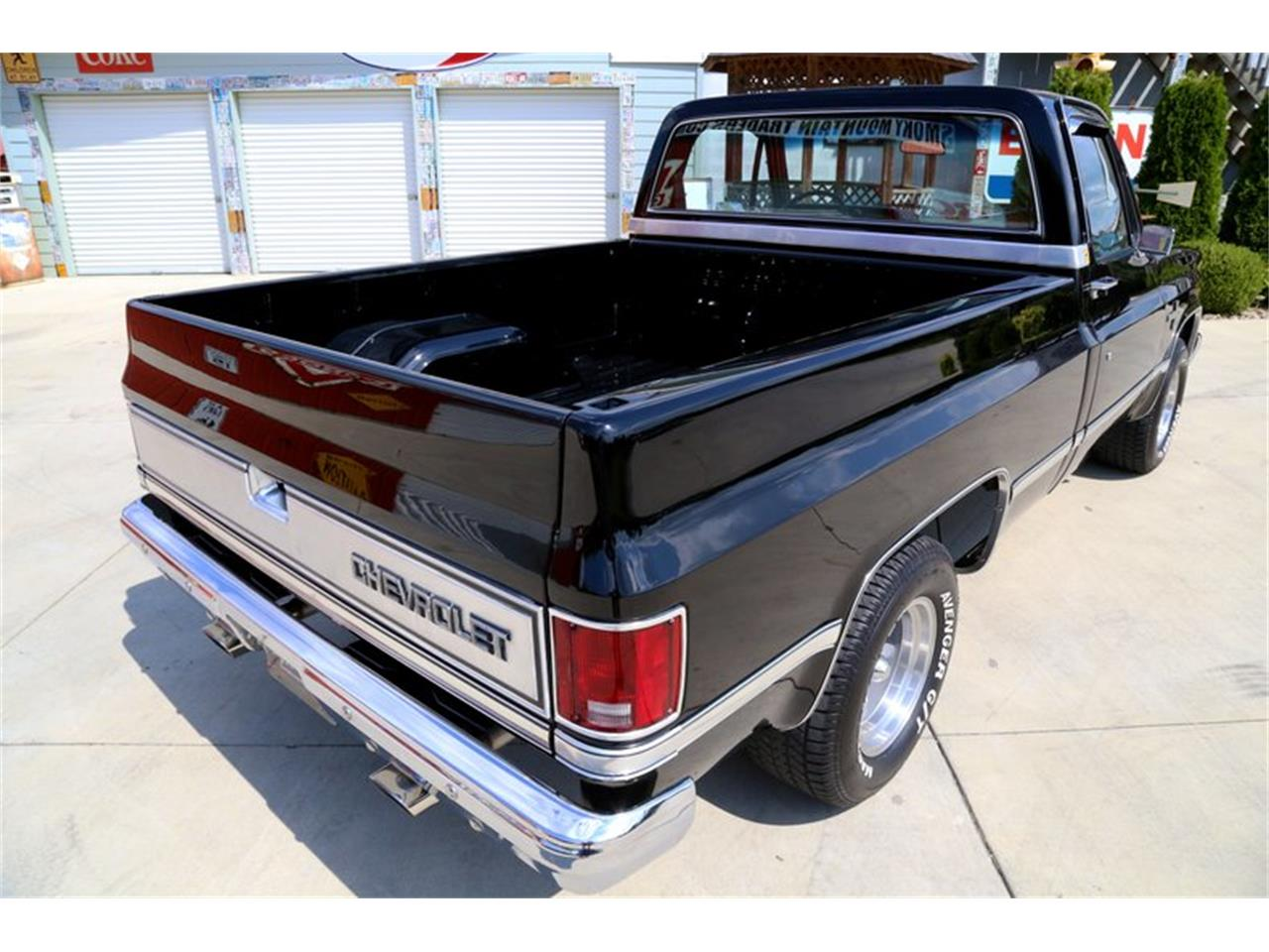 Large Picture of '81 C10 located in Lenoir City Tennessee - $27,995.00 - OO35