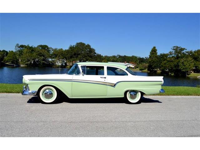 Picture of '57 Ford Custom 300 located in Clearwater Florida - $31,900.00 Offered by  - OUSD