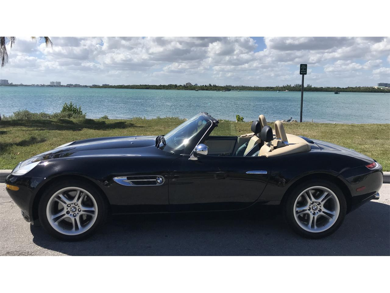 Large Picture of 2001 Z8 - $174,750.00 Offered by a Private Seller - OV1C
