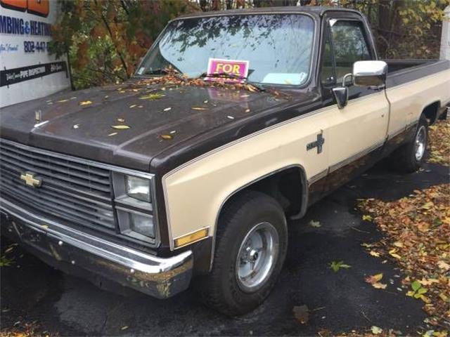 Picture of '84 Chevrolet Silverado located in Cadillac Michigan - $9,395.00 Offered by  - OVV1