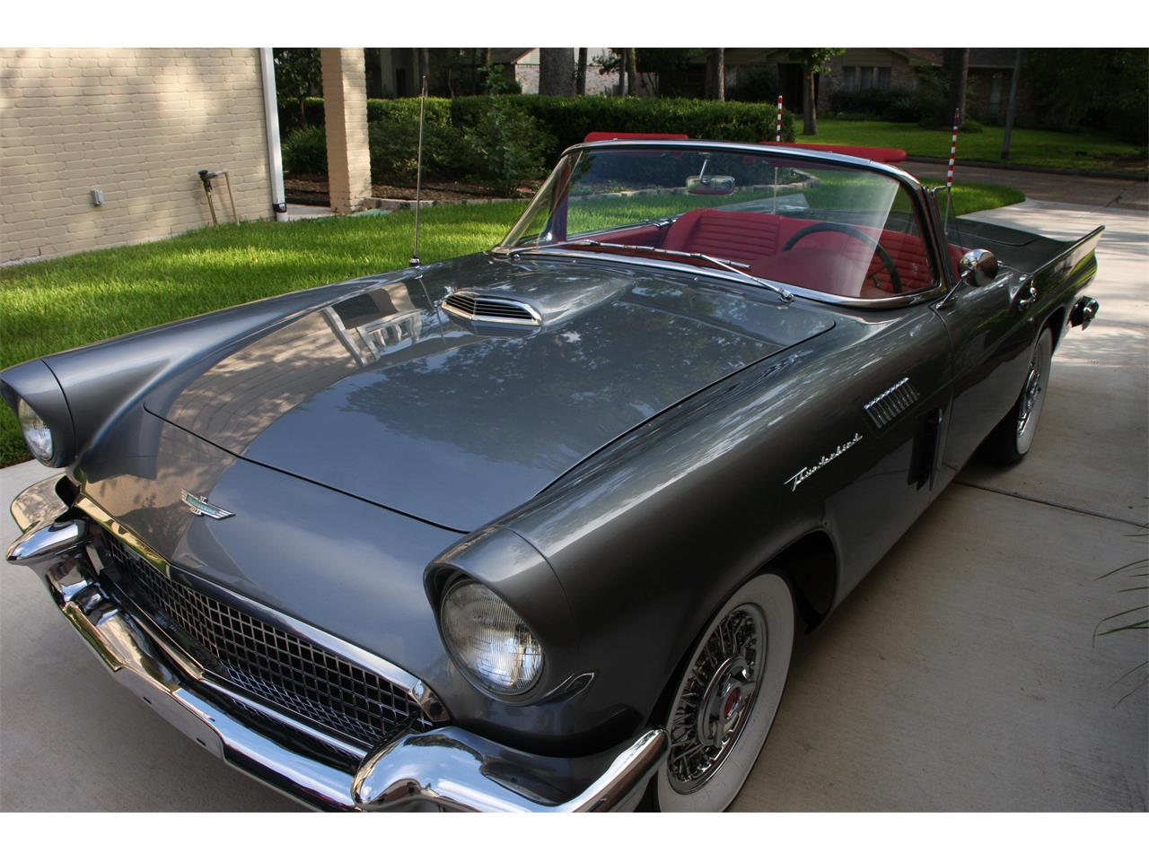 Large Picture of '57 Thunderbird - OV5H