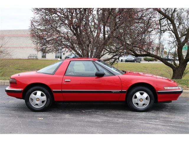 Picture of '90 Buick Reatta located in Alsip Illinois - $4,900.00 - OW2W