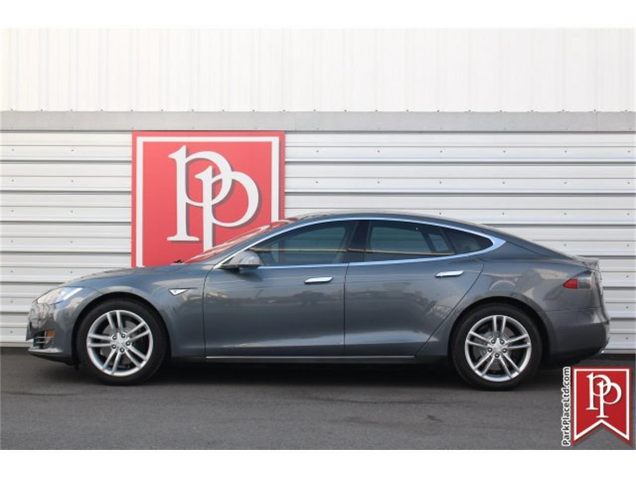 Large Picture of '14 Model S - $37,950.00 Offered by Park Place Ltd - OW52