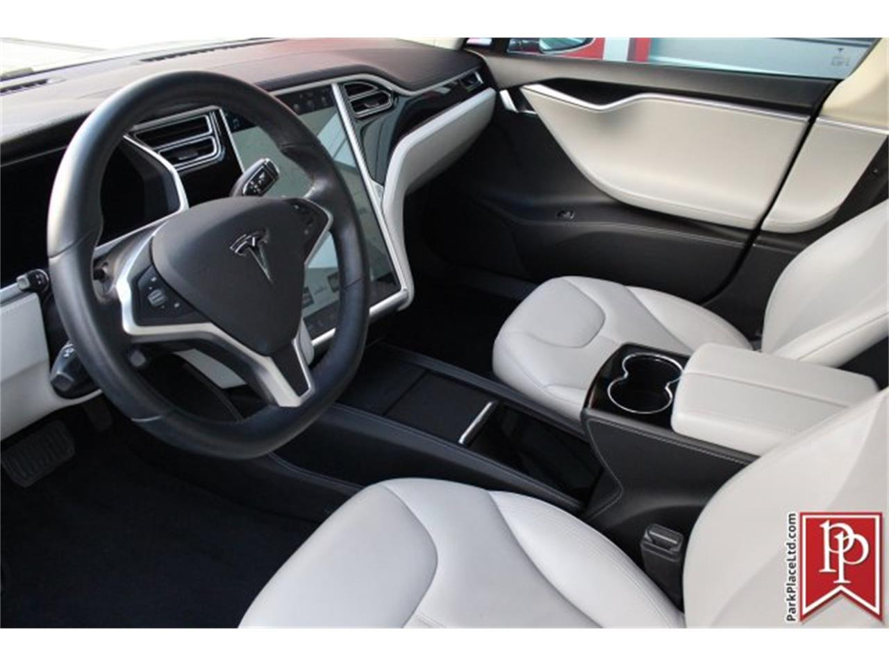 Large Picture of 2014 Model S located in Bellevue Washington - $37,950.00 Offered by Park Place Ltd - OW52