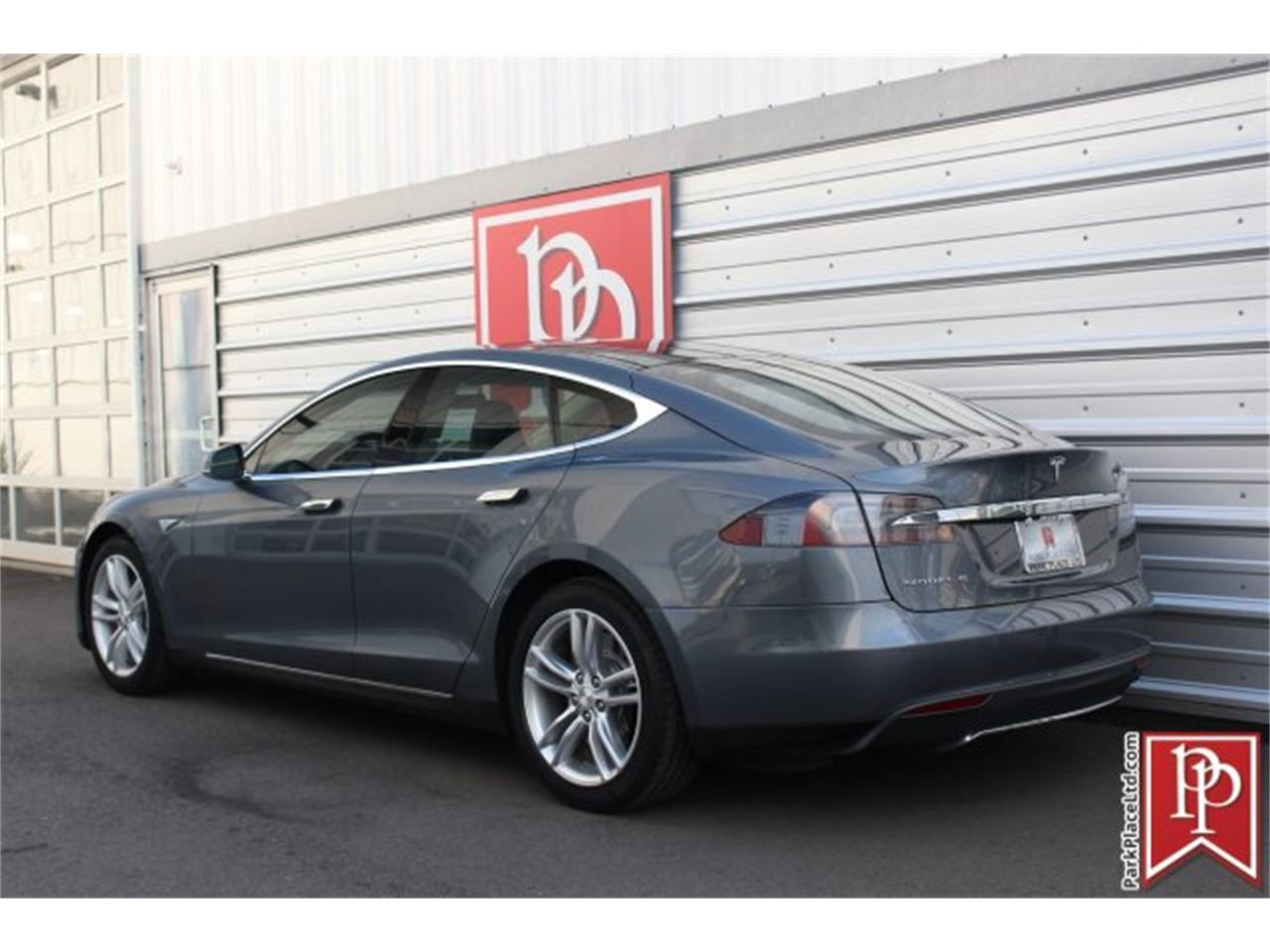 Large Picture of '14 Tesla Model S located in Bellevue Washington - $37,950.00 - OW52