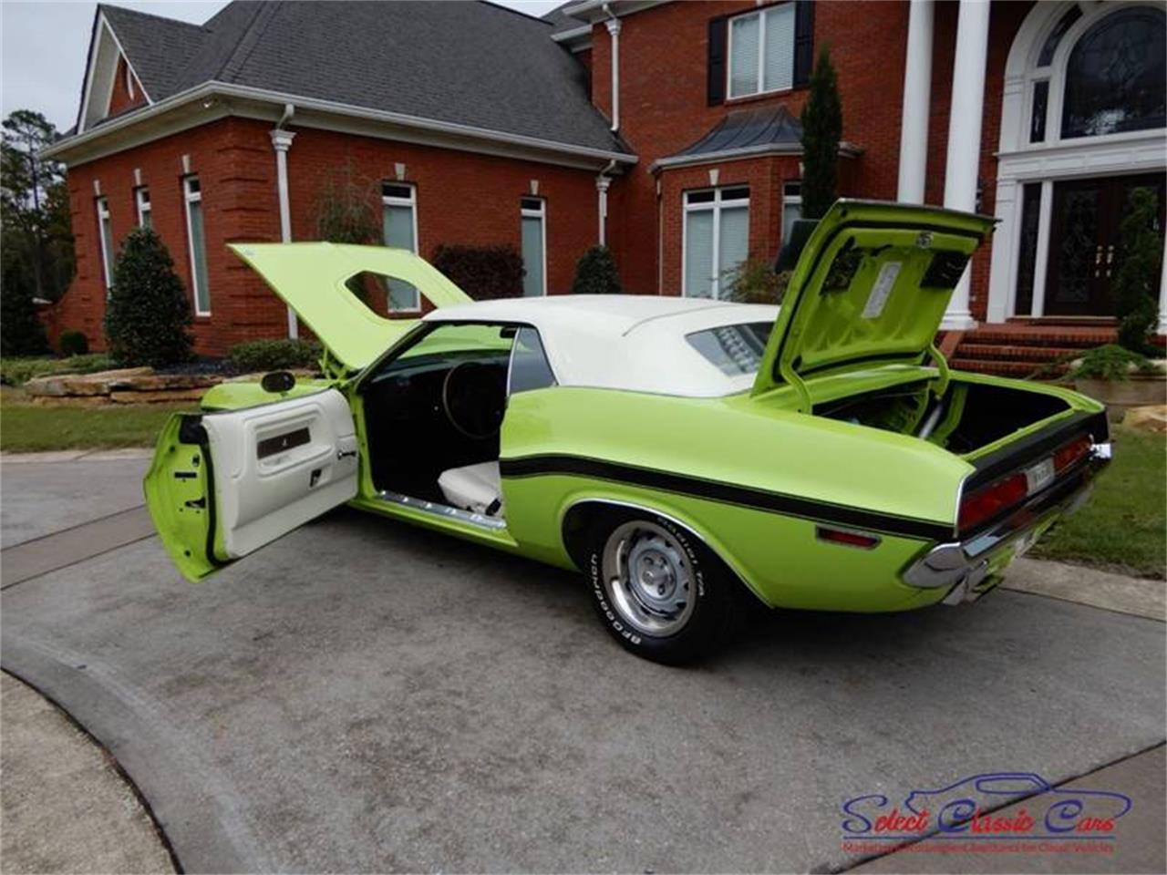 Large Picture of '70 Dodge Challenger located in Georgia - $125,000.00 - OW5E