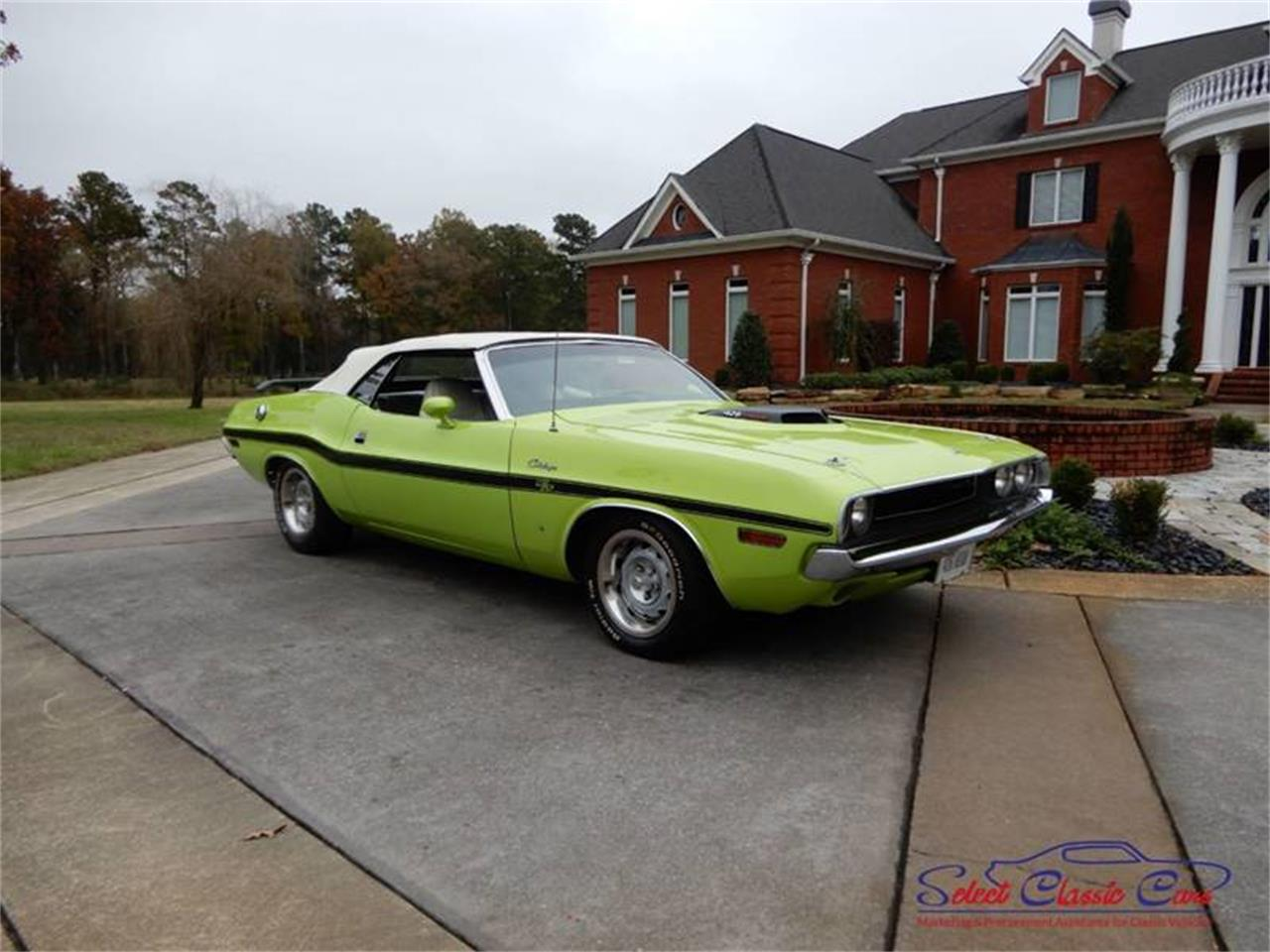 Large Picture of '70 Dodge Challenger located in Hiram Georgia - $125,000.00 Offered by Select Classic Cars - OW5E