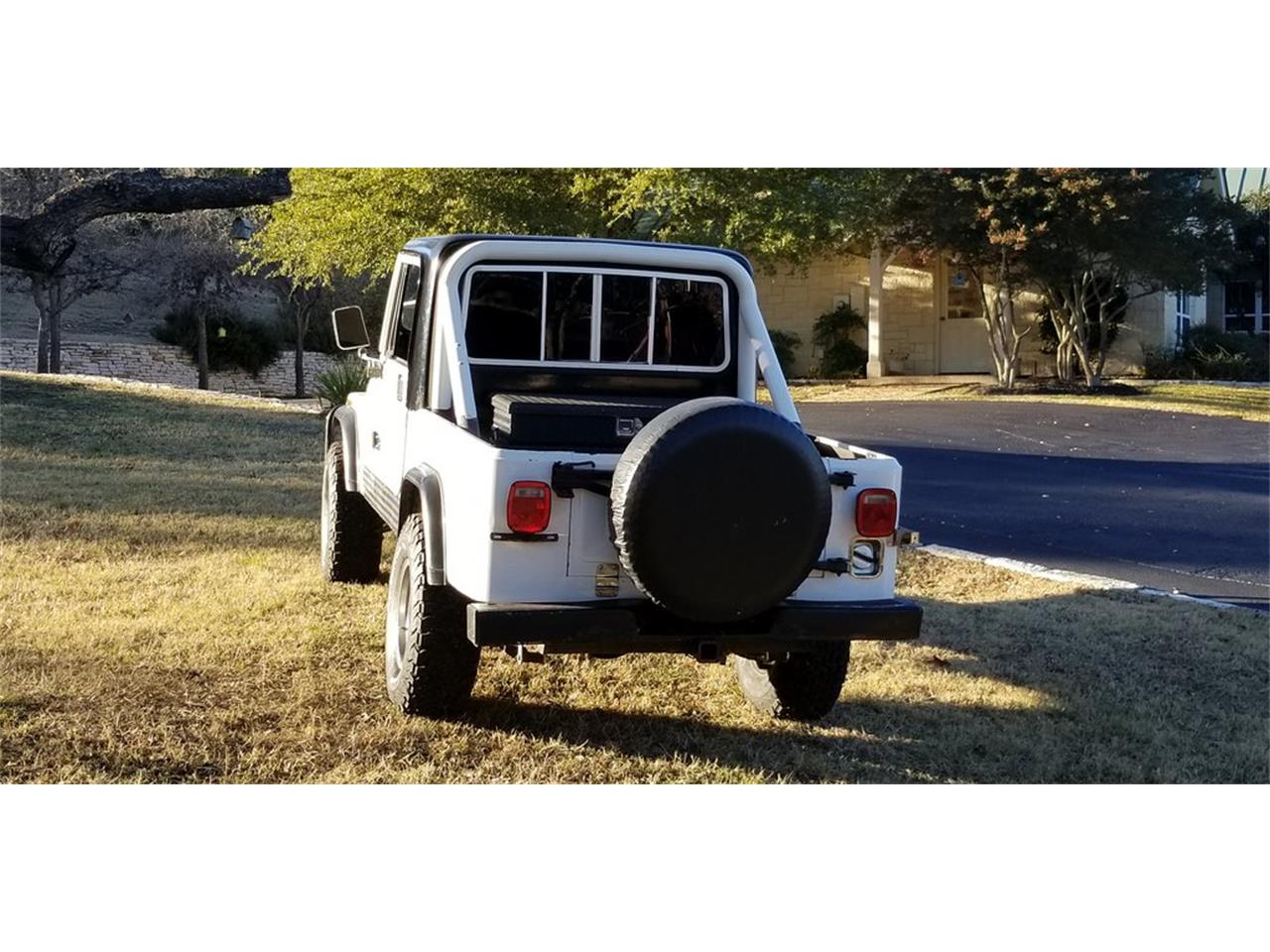 Large Picture of '84 Jeep CJ8 Scrambler located in Texas Offered by Wagonmaster - OV68