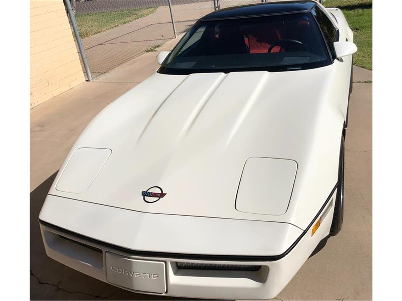 Large Picture of '85 Corvette - OWGV