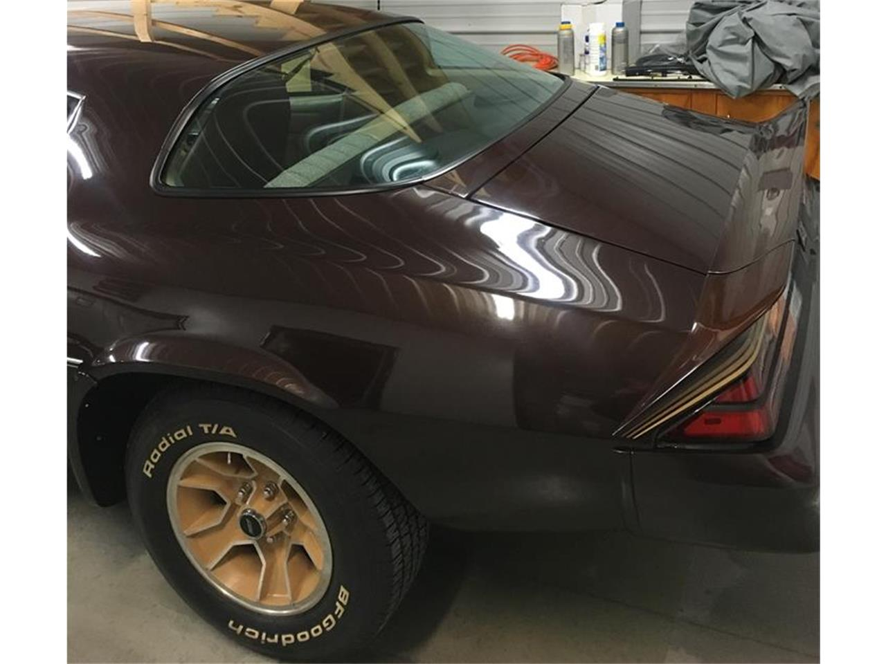 Large Picture of '81 Camaro Z28 - OWOH