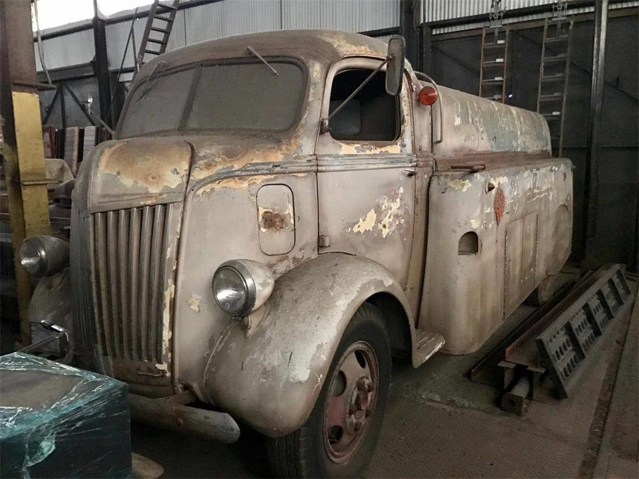 Large Picture of 1940 Ford COE - OWPB