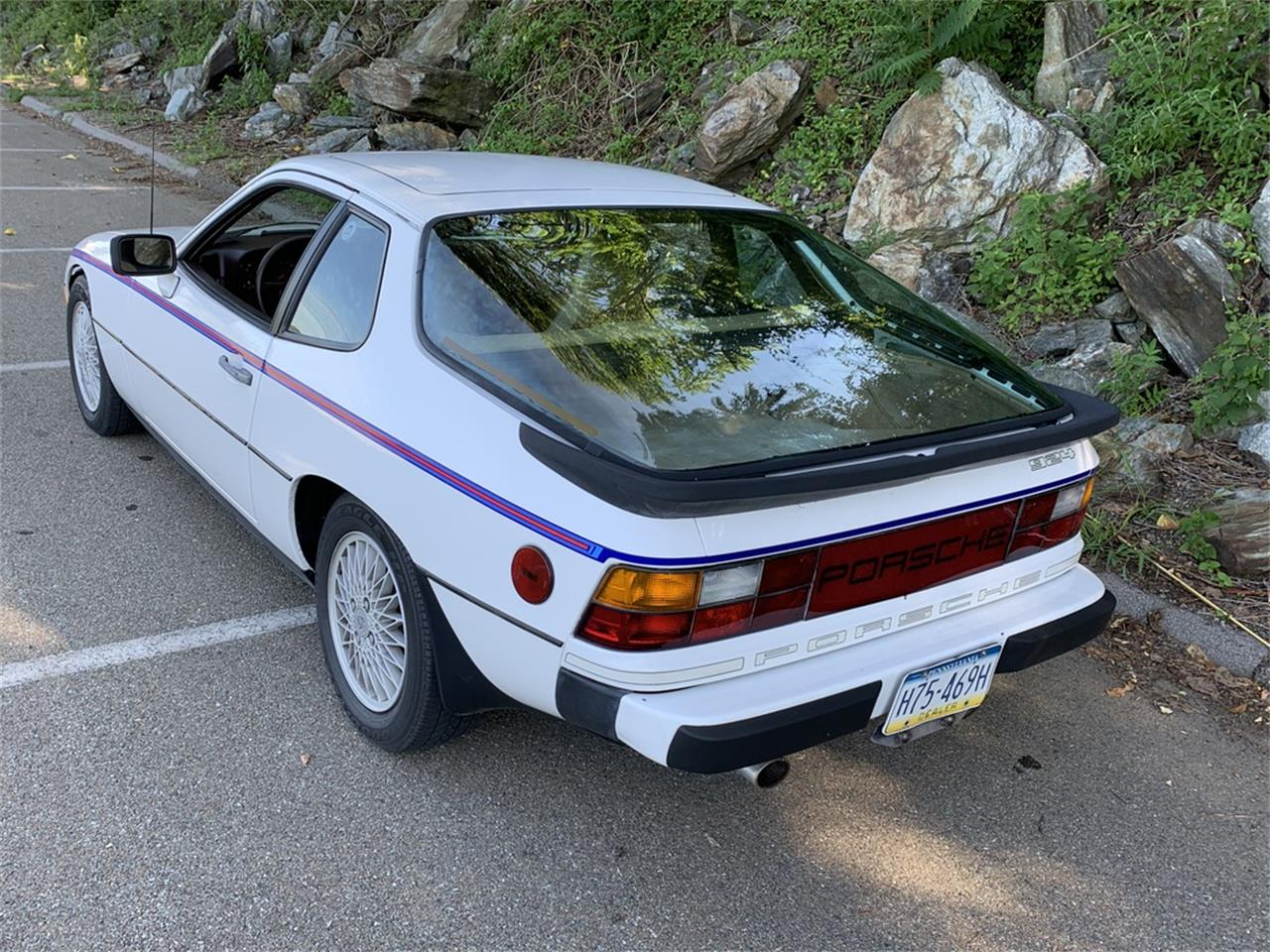 Large Picture of 1980 Porsche 924 located in Pennsylvania Offered by AIC Auto Sales Inc. - OWYP