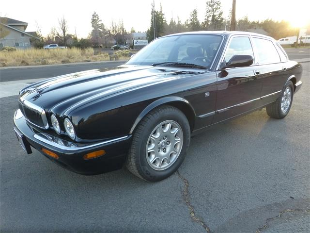 Picture of '00 XJ8 - OWYS