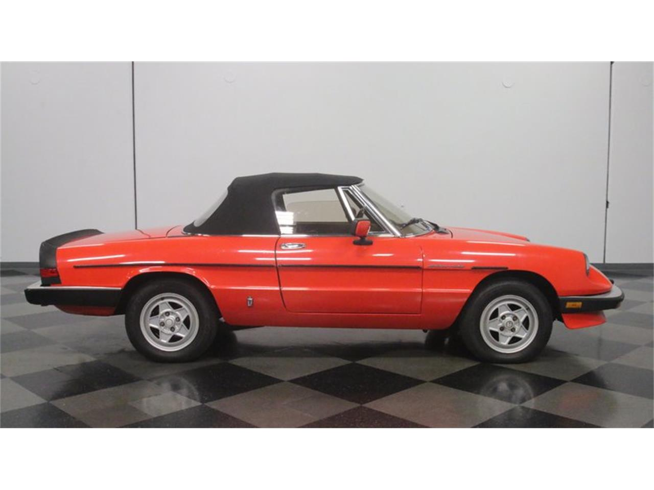 Large Picture of '84 Spider Veloce - OX0E