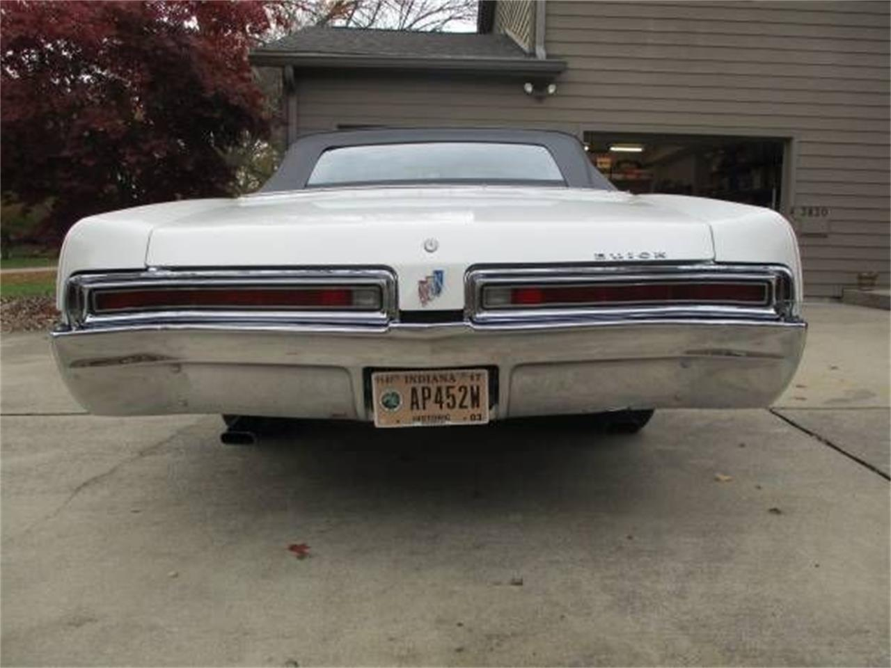 Large Picture of Classic 1967 LeSabre located in Cadillac Michigan - $30,995.00 - OX20