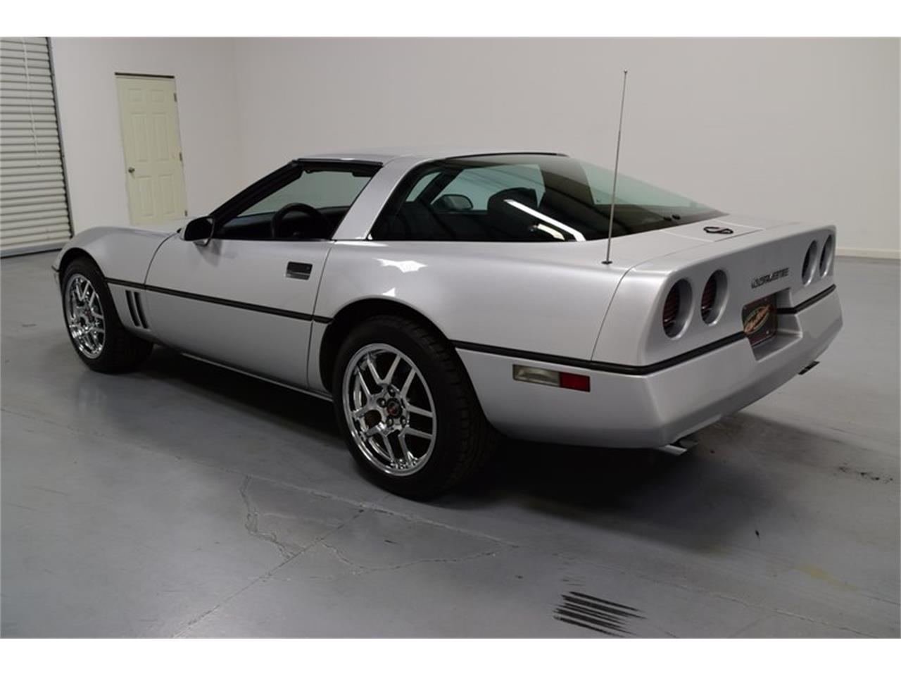 Large Picture of '85 Corvette - OX5T