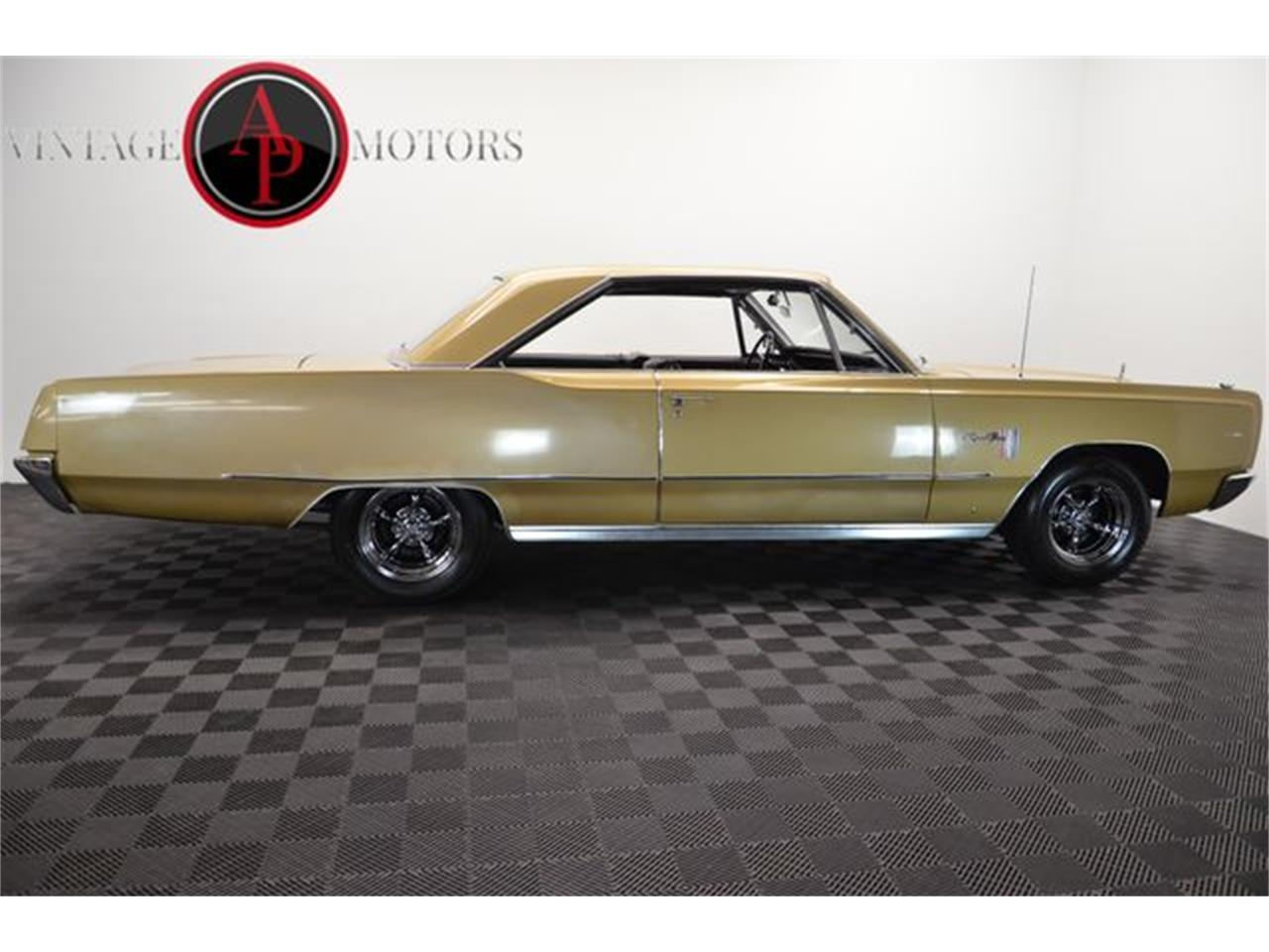 Large Picture of '67 Sport Fury - OX9O