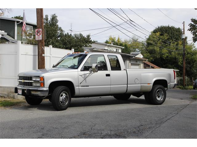 Picture of '93 Chevrolet 3500 located in Allentown Pennsylvania Offered by a Private Seller - OXCD