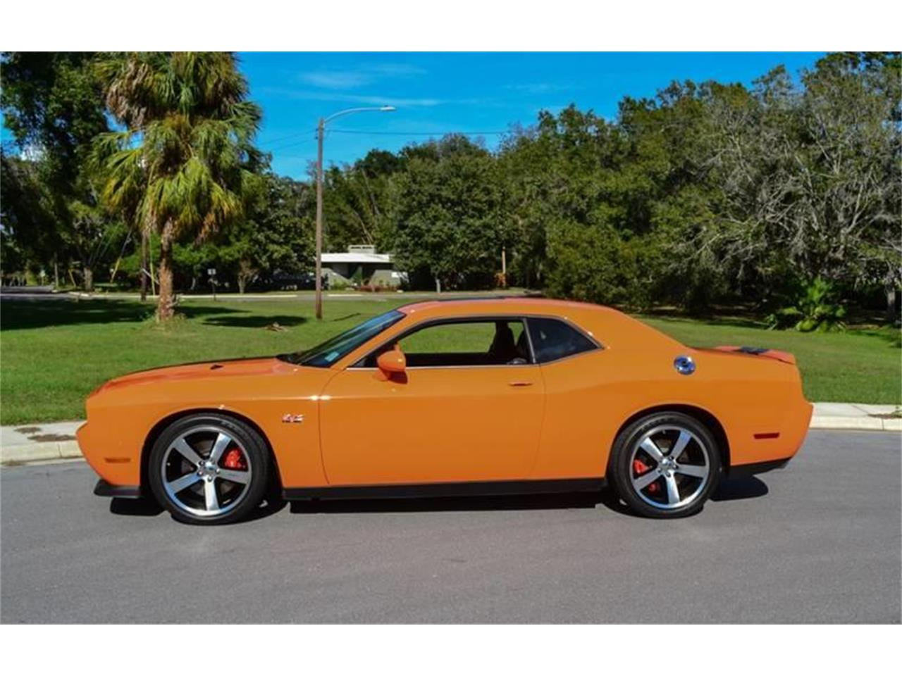 Large Picture of 2012 Challenger located in Florida - OXHJ